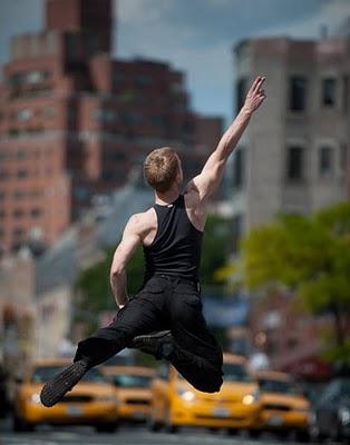 dancers_among_us_14